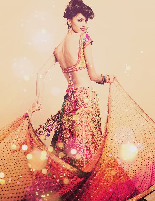 She's like a dream. #beautiful #indian #bride