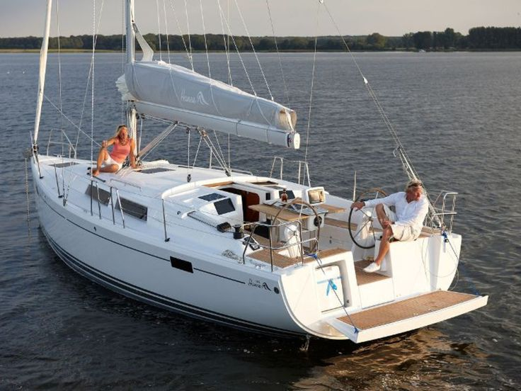 25% discount on First Minute Yacht Charter- Hanse 385. book Now!