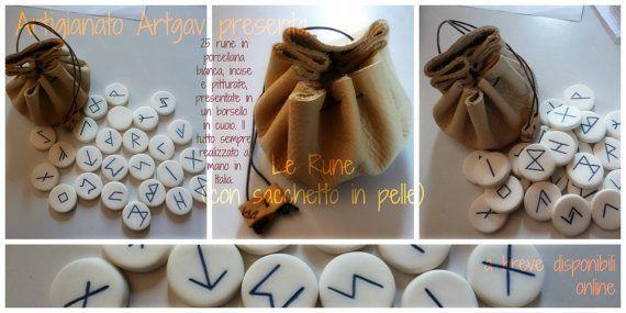 Set di Rune di ArtigianatoArtgav su Etsy, €25.00