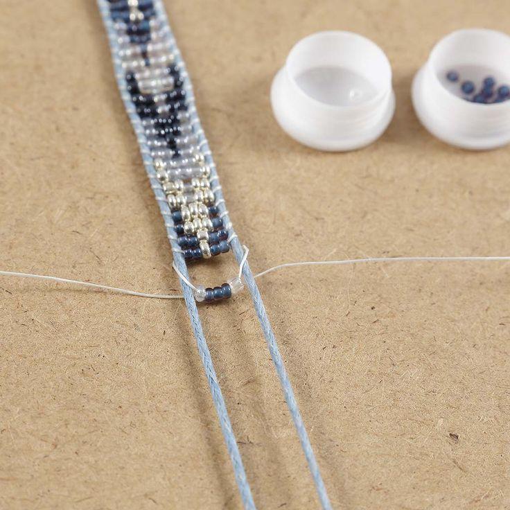 Armbånd vævet af rocaiperler |DIY vejledning
