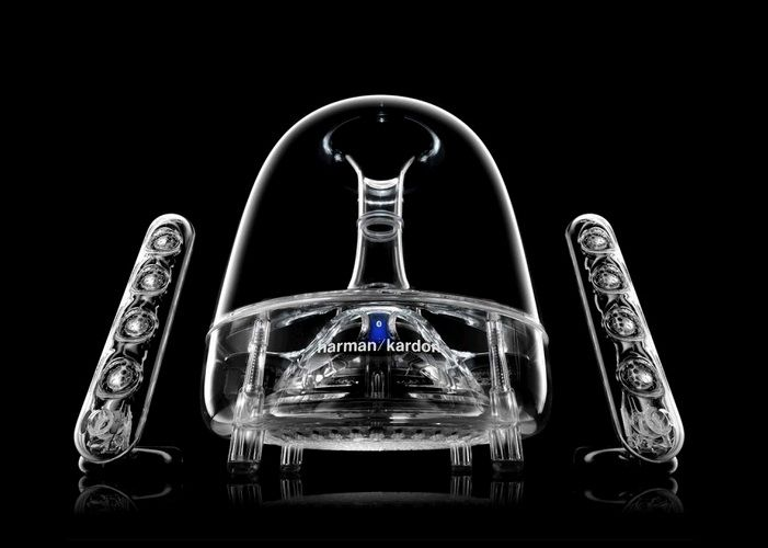 Harman Kardon SoundSticks Wireless - For nearly 60 years, Harman Kardon® engineers have designed some of the world's most sought-after speaker and amplification systems for home and car audio – including the SoundSticks® 2.1-channel desktop speakers, the only audio system to become a permanent fixture at the New York City Museum of Modern Art (MoMA).