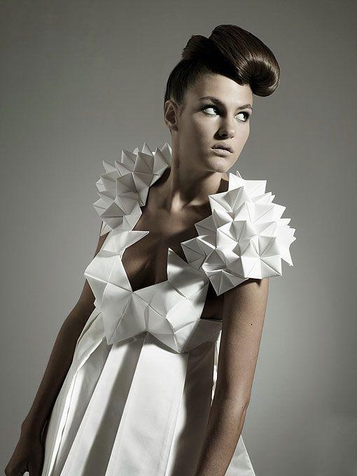 Origami en moda mujer Más