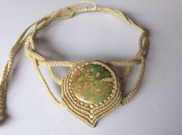 """Collar Macramé, piedra Opalina """"Klimt"""". Macrame Necklace """"Klimt"""""""