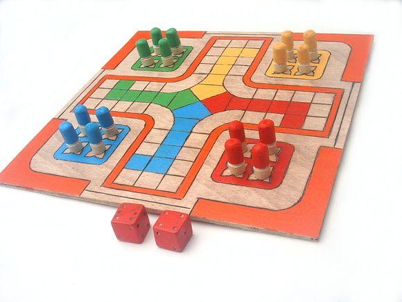 Kit com 5 jogos de tabuleiro - Ludo