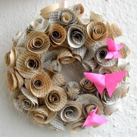 Tavaszi koszorú könyvimádóknak színes pillangókkal - Anyák napja, ballagás, esküvő, ajándék, Dekoráció, Otthon, lakberendezés, Esküvő, #pink #wreath #bookpage