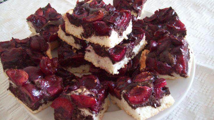 Chec din albusuri cu cirese: Chec Dinning, Retete, To Do, Cu Cirese, Reteta Chec, Dinning Albusuri, Albusuri Cu, Romanian Food, Tipp Tricks