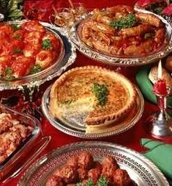 """Italian Christmas dinner is also recognized as the """"Feast of the Seven Fishes"""" or """"La Vigilia"""". The La Vigilia is totally Italian-American feast that usually contain seven different seafood dishes."""
