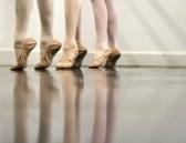 Ballet Dancer Feet - Zacht en elegant stock photography
