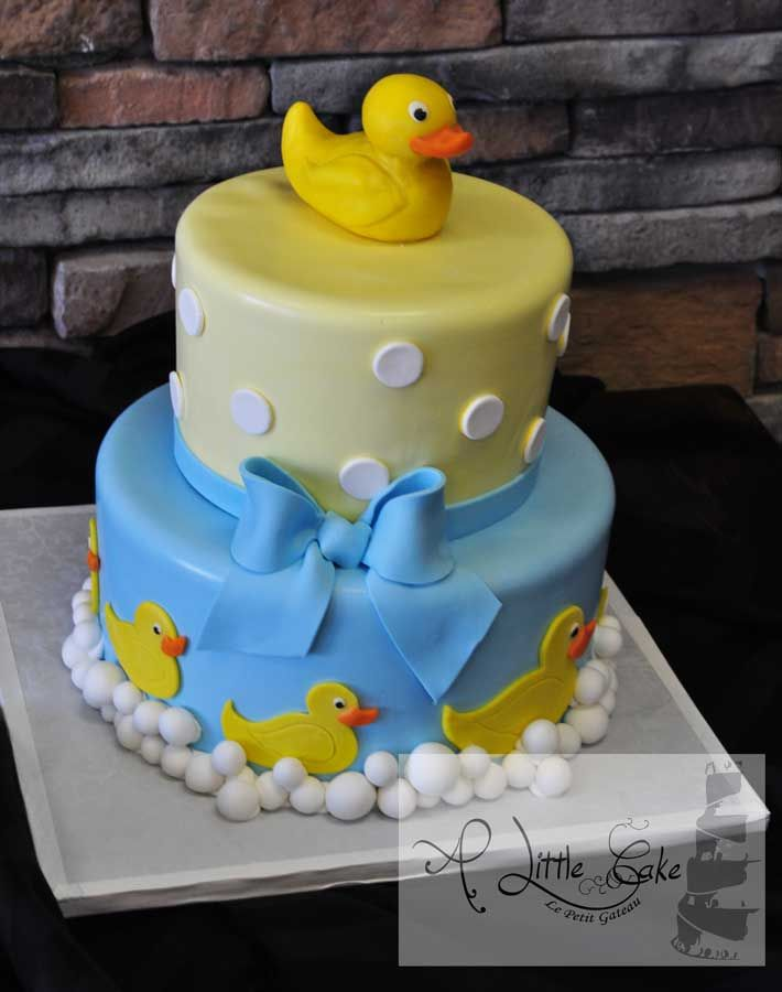 Cute for a duck themed baby shower baby shower for Baby shower cake decoration idea