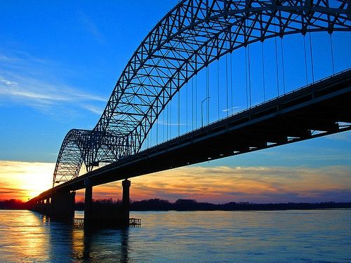 Memphis, TN: Watching this sunset was my way of decompressing. The first time I shared it with someone was the first night Taylor and I hung out.... who knew someone would love the sunsetting on the Mississippi as much as me. So smitten!