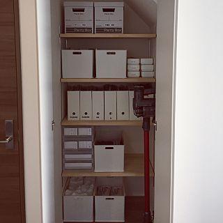 階段下収納のインテリア実例 | RoomClip (ルームクリップ) ... 階段下収納の人気の写真(RoomNo.2016426) ...