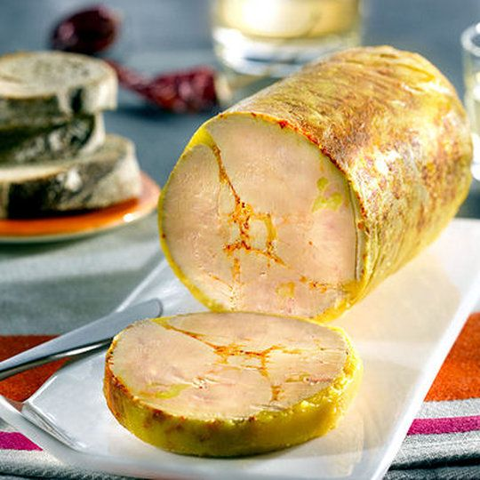 Foie gras de canard mi-cuit vapeur au piment d'Espelette