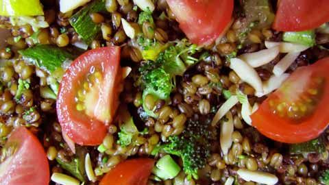 frikeh-summer-salad-with-tomatoes: Frikeh Summer, Food, Summer Salads