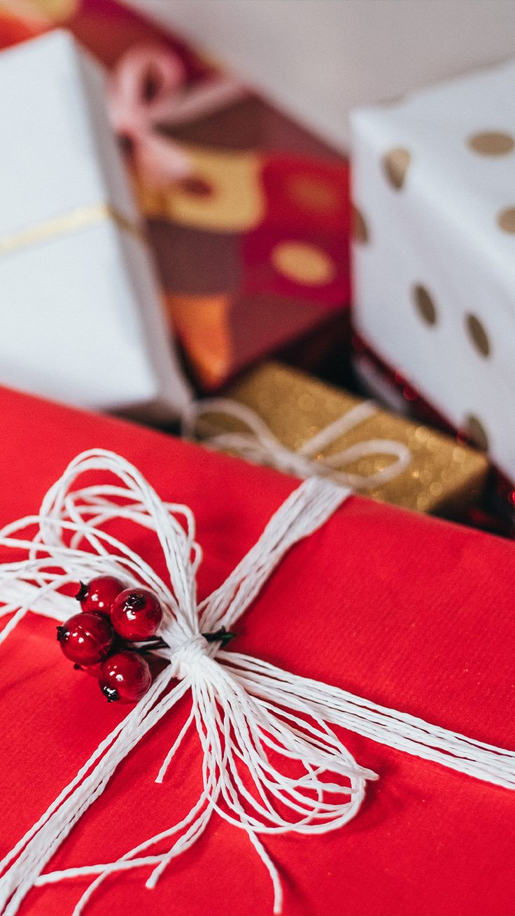 Ideas de regalos navideños que puedes hacer tú mismo para gastar poco o prácticamente nada. Holiday Gift Guide, Holiday Gifts, Christmas Gifts, Coffee Lover Gifts, Coffee Lovers, Sustainable Gifts, Kitchen Gifts, Travel Gifts, House Warming