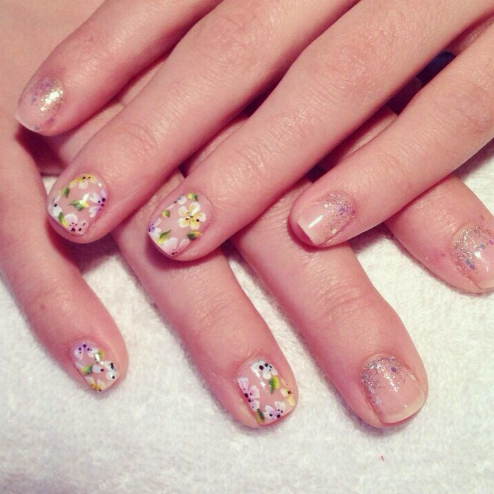 Sparkly floral nail art by E.L. Nails
