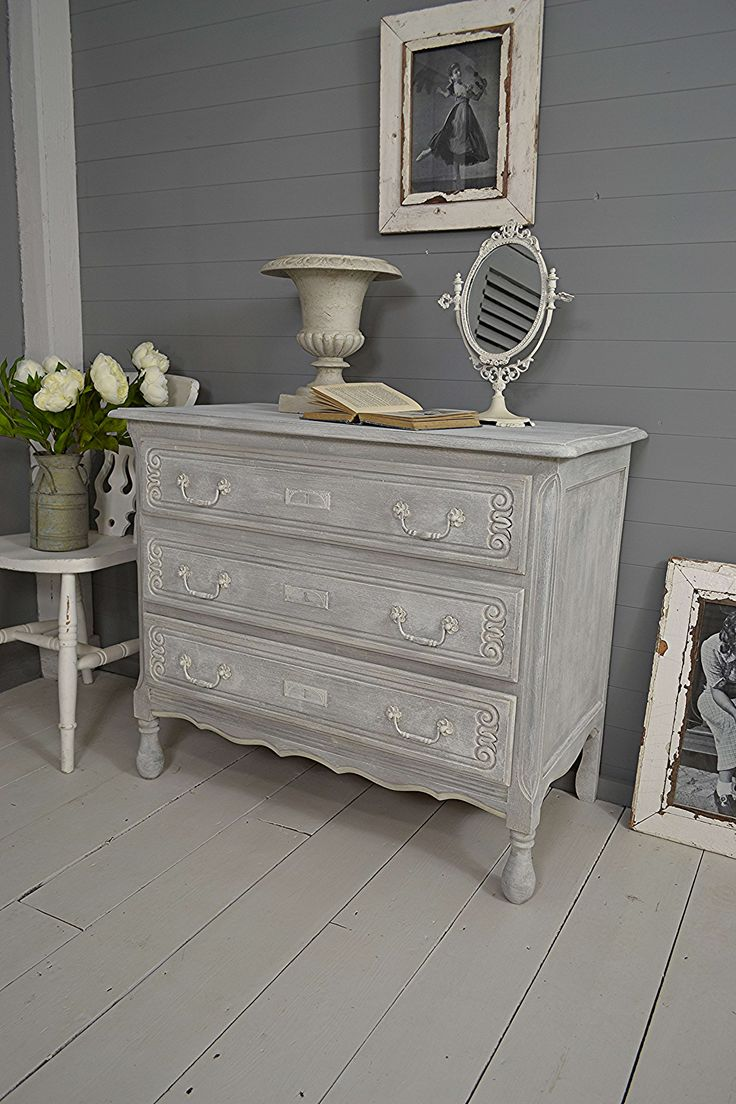 #letstrove This delightful chest of drawers has been painted using a dry-brush effect in Annie Sloan Paris Grey, Old White & F&B Plummet - comes with Free UK Delivery! https://www.thetreasuretrove.co.uk/bedroom-storage/small-3-drawer-shabby-chic-french-chest-of-drawers #frenchfurniture #anniesloanparisgrey #vintagelove