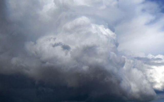 Previsioni meteo Roma, un sabato caldo ma con il cielo coperto e rischio piogge