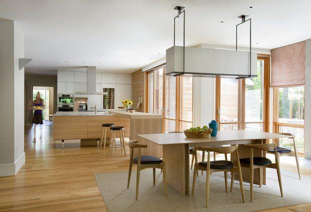 neutral-colors-kitchen-island-mid-century-modern-open-floor-plan-glass-doors-breakfast-bar.jpg (639×437)