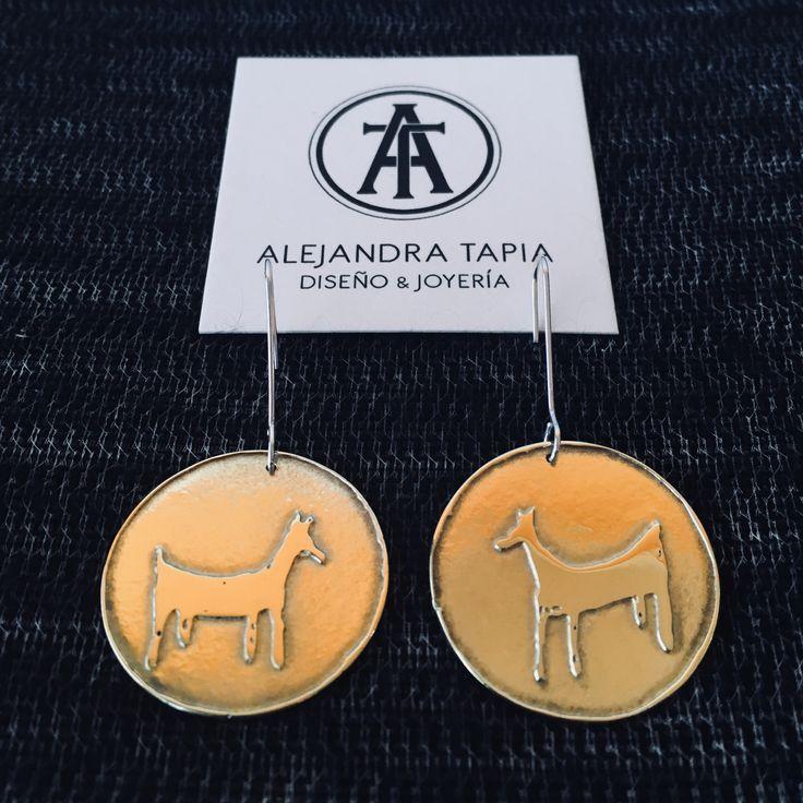 Aros de bronce y plata, motivo tehuelche | Patagonia • Chile.