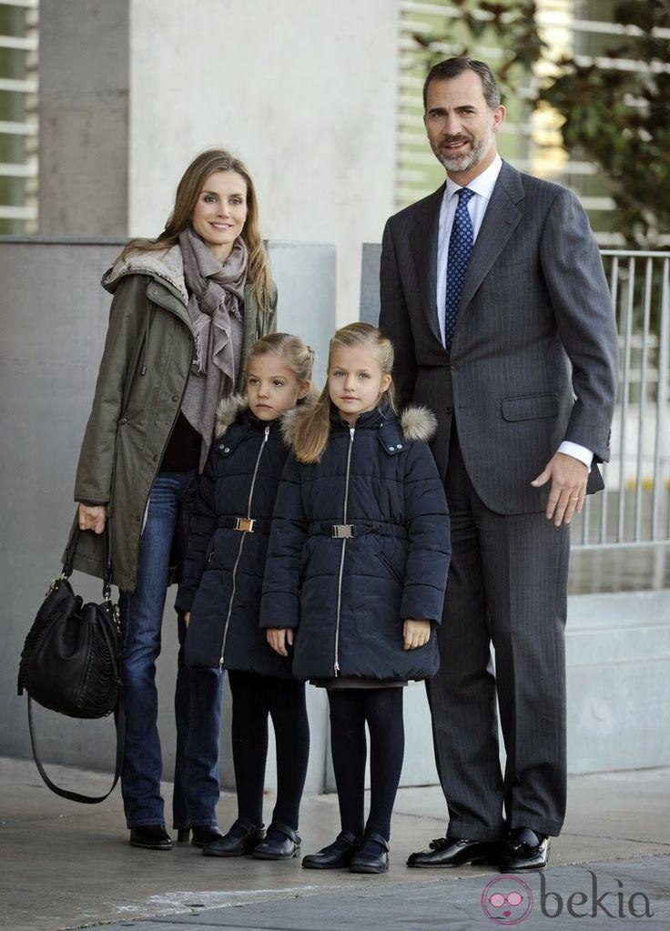 MYROYALS &HOLLYWOOD FASHİON:  Crown Princess Letizia, Infanta Sofia, Infanta Leonor, and Crown Prince Felipe visit King Juan Carlos at the Quiron University Hospital, Spain, November 22, 2013