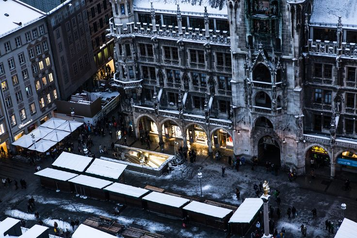 Photograph marienplatz in the winter by Thorsten Henning on 500px