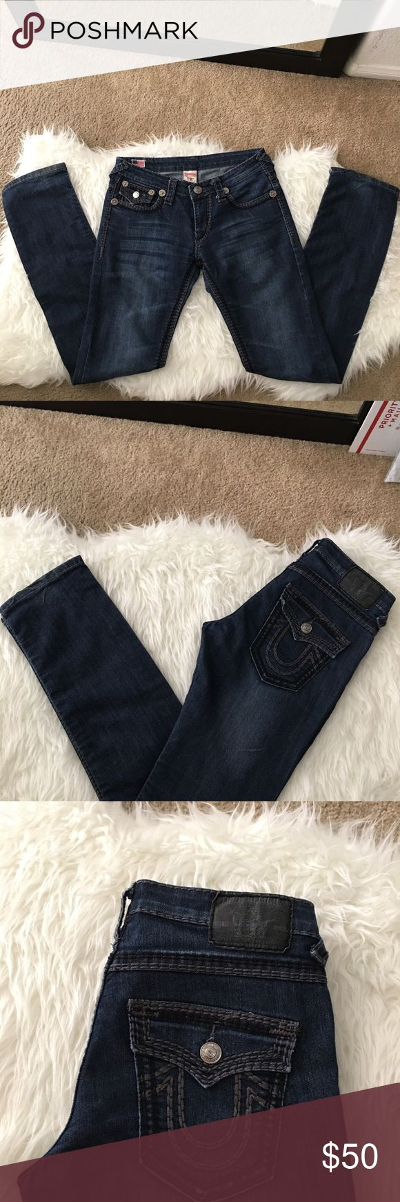 """FLASH SALE[True Religion] Ricky Jeans True Religion Ricky Super Seat OT Dark Wash Straight Leg Denim Jeans. Black & Gray Large Stitching. Size 29 33"""" inseam. A little wear on back bottom of jeans( see last pic ) otherwise in perfect condition** True Religion Jeans Straight"""