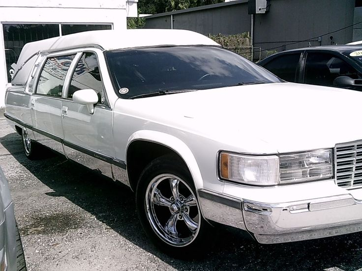 1994 S&S Hearse on 1994 Cadillac RWD Commercial Chassis