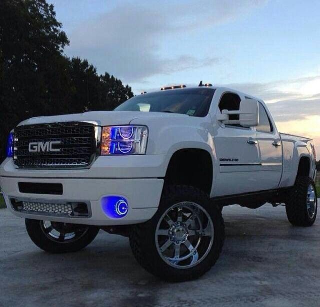 GMC Truck to pull our 5th wheel