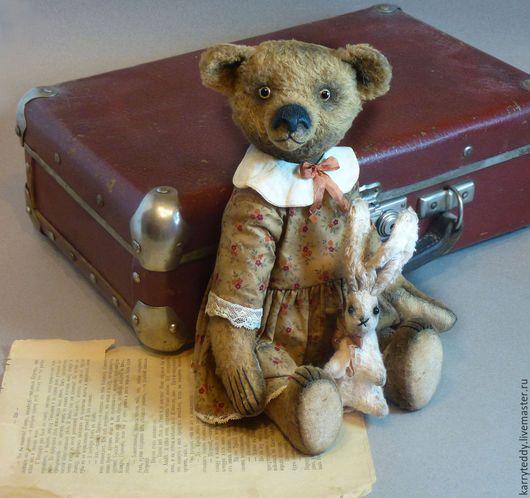 """Мишки Тедди ручной работы. Ярмарка Мастеров - ручная работа. Купить Медведь Тедди """"Валюша"""", мишка из серии """"Арбатские дворики"""". Handmade."""