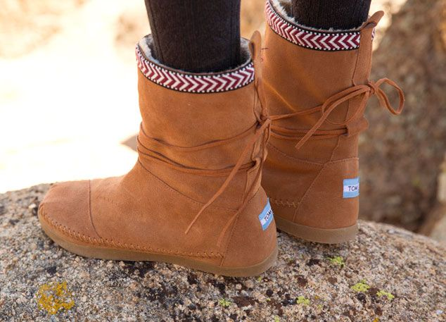 The Brand New TOMS Nepal Boot (for your eyes first!!!). Inspired by a Giving Trip in Nepal, these new boots feature layers of generosity. TOMS has combined a fleece lining with winter-ready uppers for some very warm boots that do good around the world, year round.