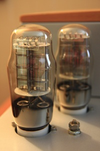 """Consonance - Cyber 10 Signature , High End Tube Amplifier"" !...  http://about.me/Samissomar"