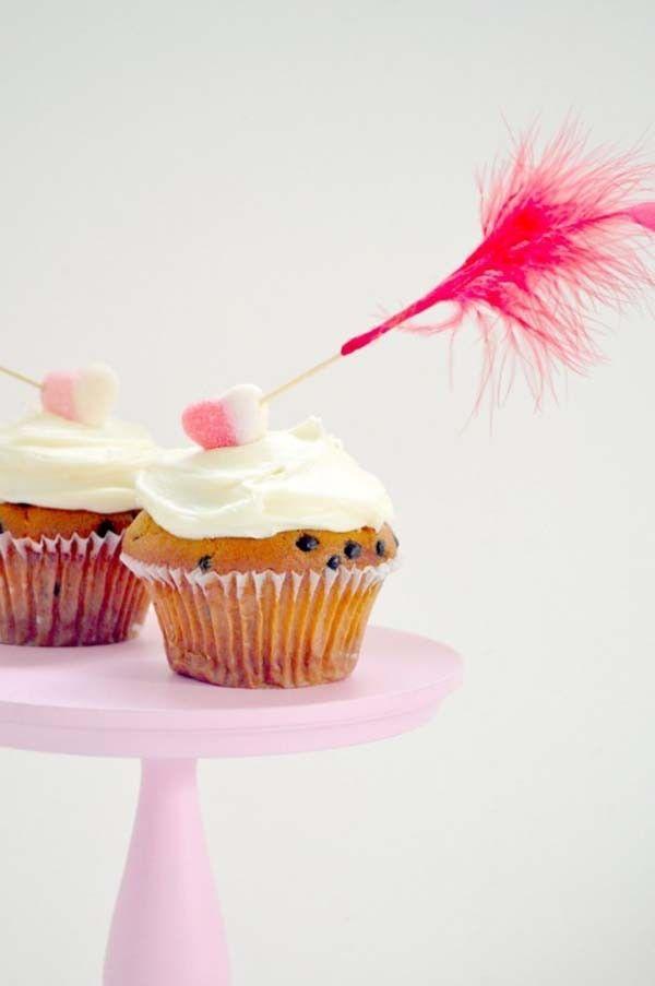 Cupid's Arrow Cupcake Topper Tutorial    #wedding #weddings #weddingideas #aislesociety #valentinesday #diy