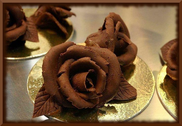 Шоколадные розы.