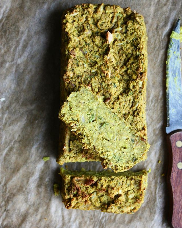 Terrine Épicée Poireaux-Pois Chiche @ Autour d'1 Plat #recette #végétal #vegan…