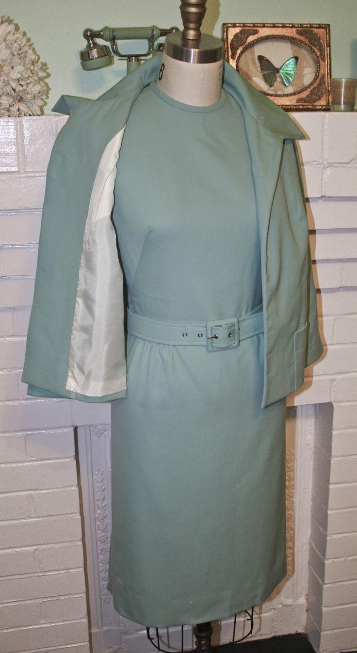 Morningstar Pinup: ''The Birds'' Tippi Hedren Suit