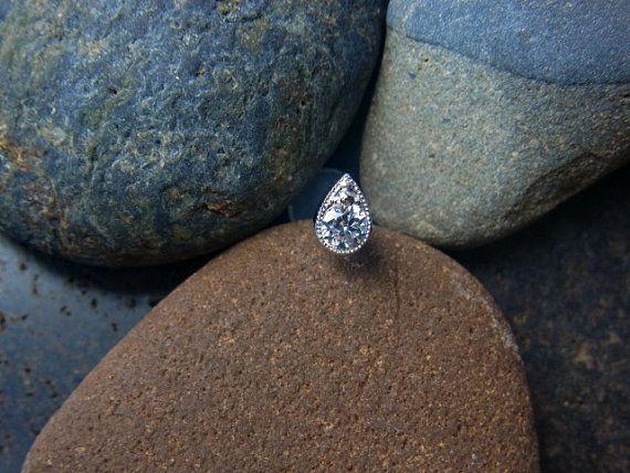 AAA CZ diamond in teardrop shape casting push in 16g bio flexible tragus /forward helix / lip / medusa piercing (1pc)