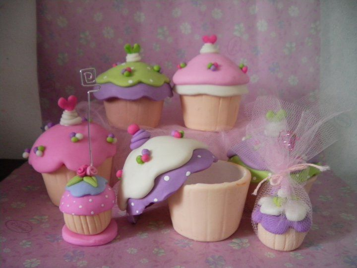 ..cupcakes!