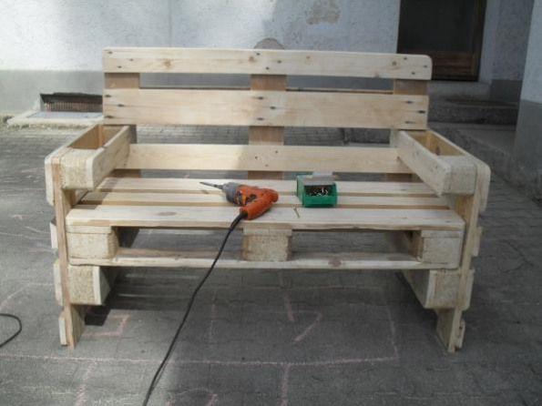 Obi Selbstgemacht Gartenbank Aus Euro Paletten Selbstgemacht Community Woodworking In 2020 Pallet Furniture Simple Room Decoration Decor