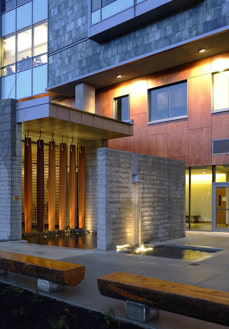 Gallery of St. Anthony Hospital / ZGF Architects LLP - 2