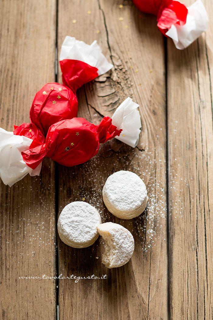 Polvorones: la Ricetta dei Biscotti natalizi spagnoli