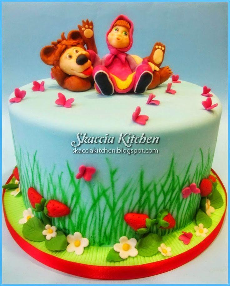 SKACCIA KITCHEN: Masha and the Bear Cake