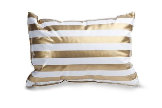Caia GOLD #caia #beachpillow #beach #pillow #summer #summer2013 #waterresistant #madeinportugal