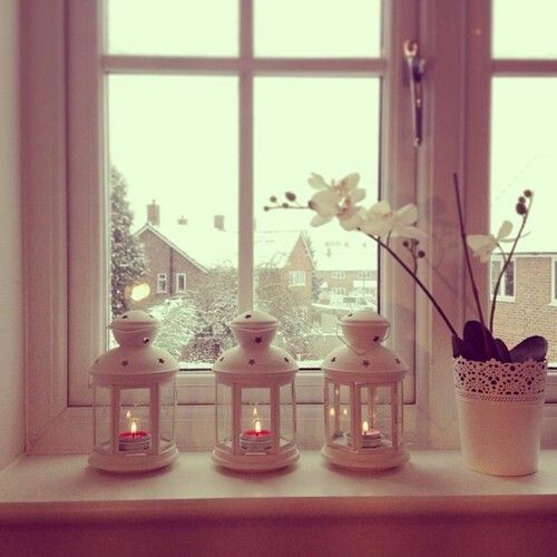 88 best images about window sill ideas on pinterest - Bedroom window sill ideas ...