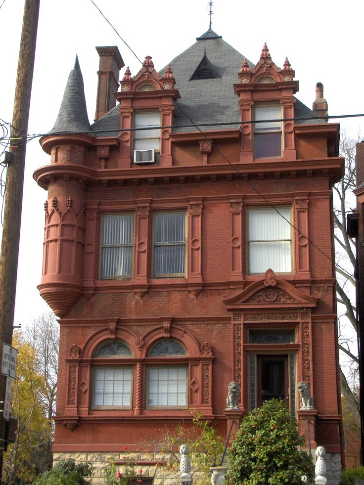 CURB APPEAL – Victorian Homes