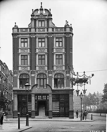The Leicester Public House, Leicester Square, 26 May 1895