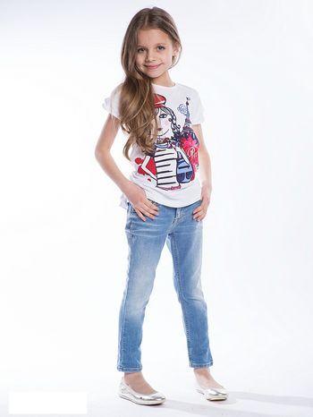 Tyto džíny mají všechny předpoklady stát se novými favority. Džiny od 178 Kč.