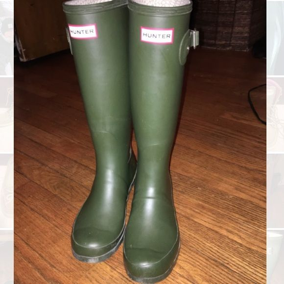 Hunter rain boots need to go!! Hunter rain boots still in good condition! Can negotiate on the price :) these are the Olive green color the color with the flash best justifies the true color:) Hunter Boots Shoes Winter & Rain Boots