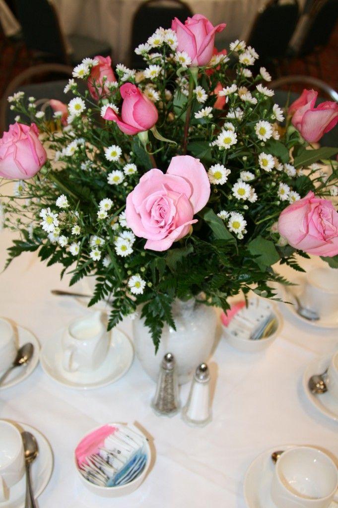 Agregarle Azúcar Al Agua Hace Que Las Flores Duren Más Tiempo Centro De Mesa Rosas Flores Flores Frescas