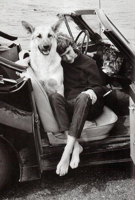 Françoise Sagan et son fidèle compagnon