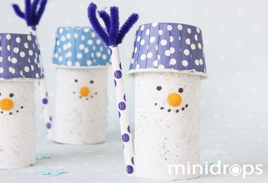 Schneemänner aus Toilettenpapierrolle, mit Mini Muffinform und Strohhalm/ tp roll Snowmen - with mini baking cup & paper straw
